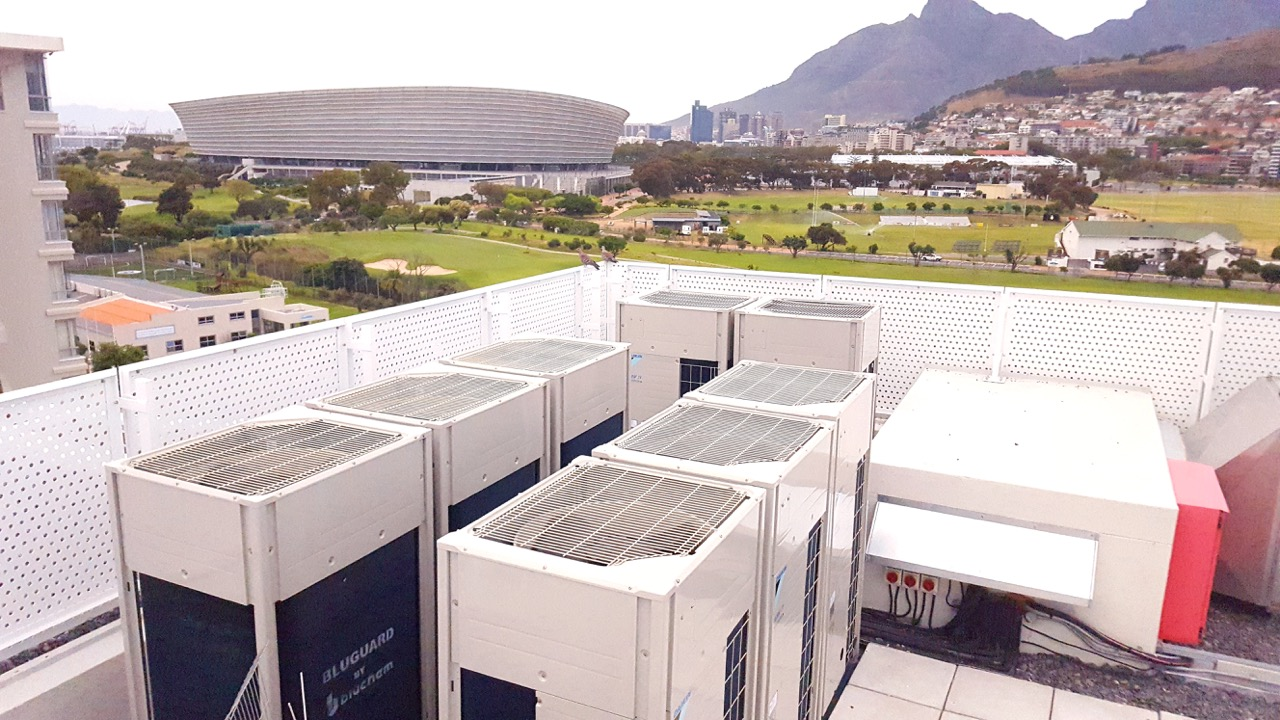 Airvent Airconditioning & Ventilation: Portfolio: Moullie Point Apartments Roof