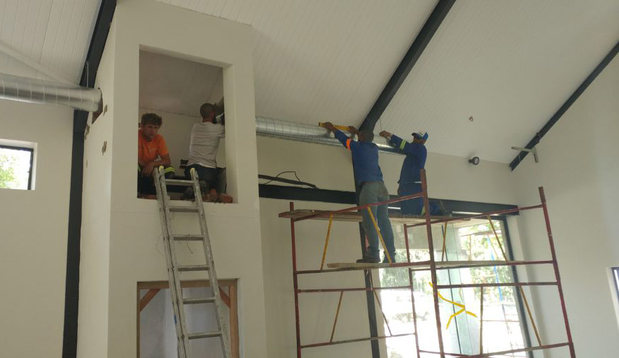Airvent Airconditioning & Ventiliation: installation team on site