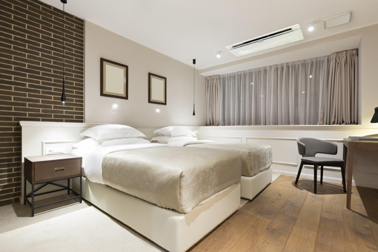 Airvent Airconditioning & Ventiliation: Air conditioning hotel room
